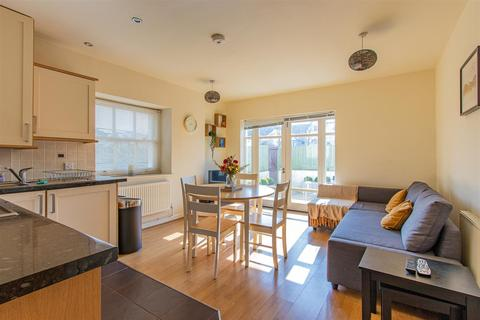 2 bedroom house to rent - Cathedral Road, Pontcanna