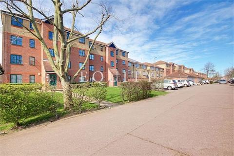 2 bedroom apartment for sale - Wallace Court, Eden Close, ENFIELD, EN3