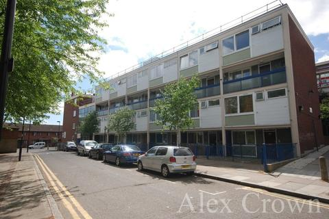 4 bedroom flat to rent - Carnoustie Drive, Caledonian