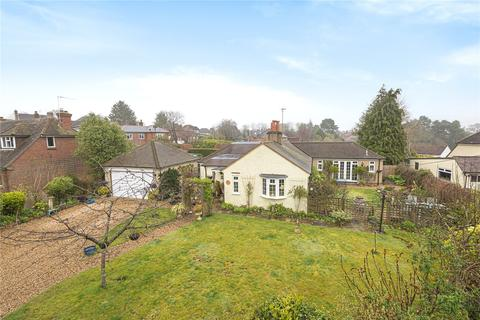 3 bedroom bungalow for sale - Bat and Ball Lane, Wrecclesham, Farnham, Surrey, GU10