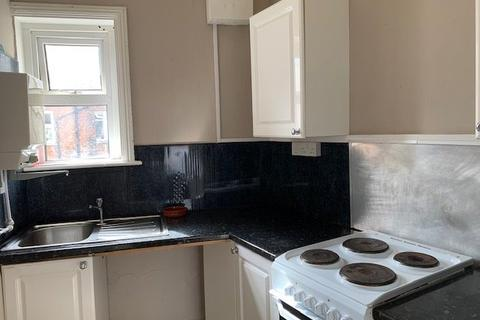 7 bedroom house share to rent - The Triangle, Triangle
