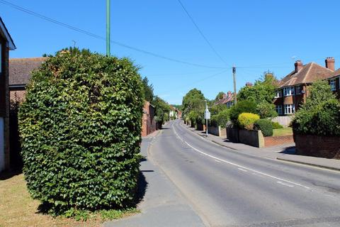 4 bedroom property to rent - St Stephens Road, Canterbury, CT2