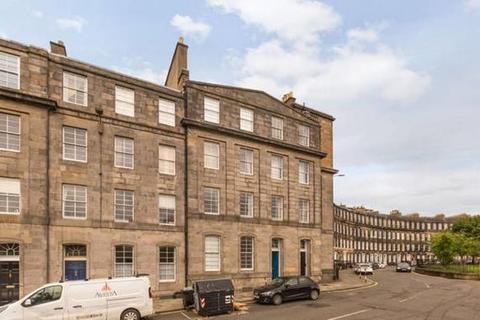 6 bedroom flat to rent - Gardners Crescent, City Centre, Edinburgh, EH3 8BZ