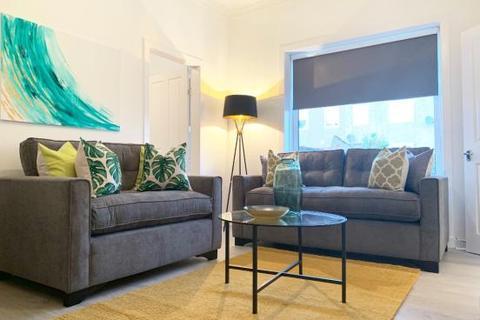 3 bedroom ground floor flat - 187 Hartlaw Crescent, Glasgow G52 2JL