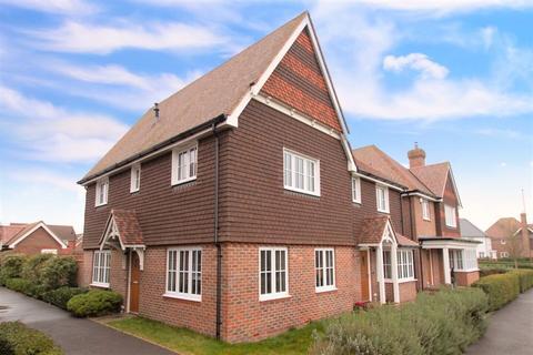 3 bedroom semi-detached house for sale - The Boulevard, North Bersted, Bognor Regis