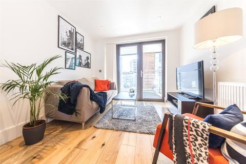 1 bedroom apartment for sale - Lagrange Court, 15 Axio Way, Bow, London, E3
