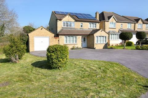 4 bedroom detached house for sale - Warbler Close, Trowbridge
