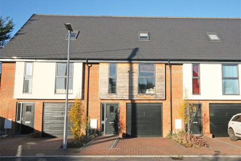 3 bedroom townhouse to rent - Faircross Court, Thatcham, RG18