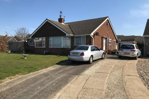 2 bedroom semi-detached house for sale - Nightingale Avenue, Whitstable