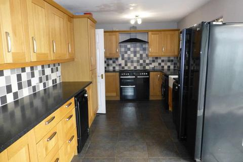 3 bedroom semi-detached house for sale - Avon Close, Acton, Wrexham