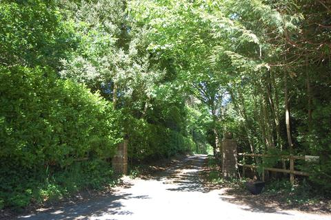 4 bedroom property with land for sale - Jumps Road, Churt, Farnham, GU10