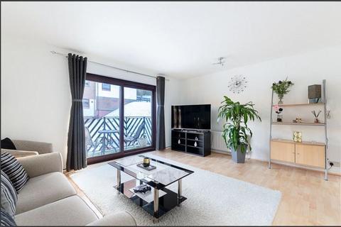 1 bedroom flat for sale - Hillside Road, Whyteleafe, CR3