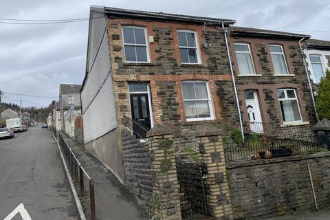 3 bedroom end of terrace house for sale - Wern Street, Tonypandy, CF40 2DH