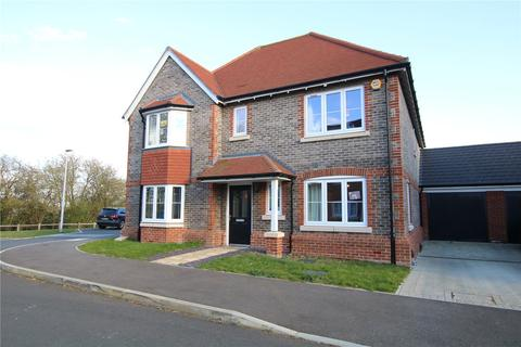 4 bedroom detached house to rent - Priors Gardens, Spencers Wood, Reading, Berkshire, RG7