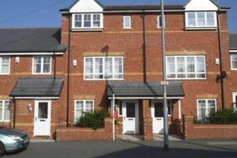 1 bedroom in a house share to rent - Woodhouse Lane, Wythenshawe