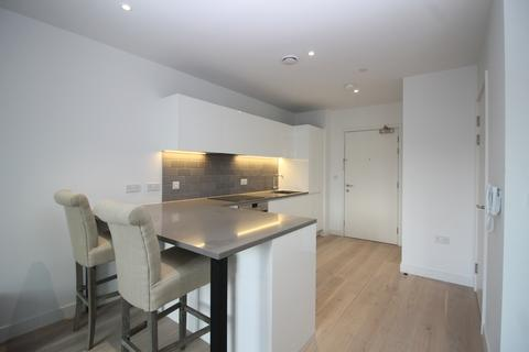 2 bedroom apartment to rent - Liner House, Royal Wharf, Royal Docks E16