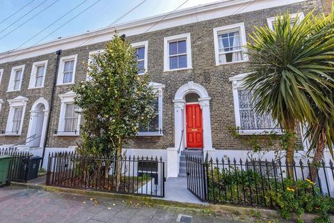 3 bedroom terraced house for sale - Evandale Road, London, Greater London. SW9 6SX