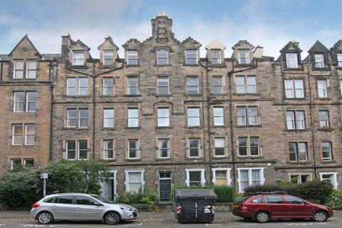 3 bedroom flat to rent - Marchmont Crescent, Marchmont, Edinburgh, EH9