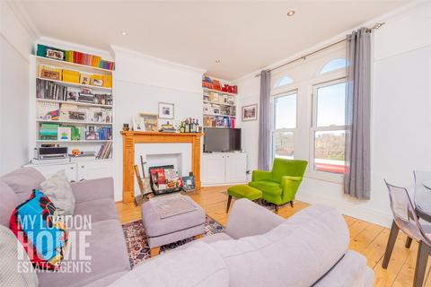 3 bedroom apartment for sale - Wandsworth Road, Clapham, SW8