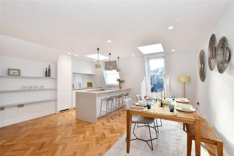 2 bedroom flat to rent - Albemarle Street, London