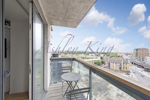 2 bedroom apartment to rent - City Tower, Limeharbour, London