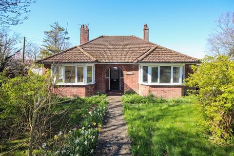 2 bedroom detached bungalow for sale - Tilmanstone