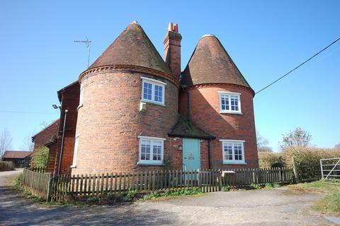 4 bedroom village house to rent - Isnage Farm, Bentley  Farnham, GU10