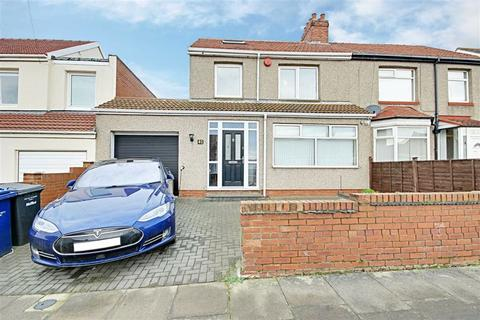 3 bedroom semi-detached house for sale - Reading Road, South Shields, Tyne And Wear