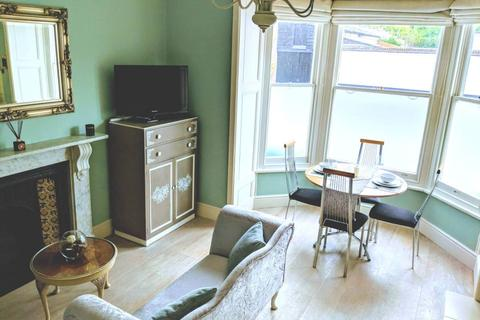 1 bedroom apartment to rent - Flat 1 ,24 Richmond Road, Exeter