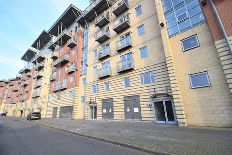 3 bedroom apartment for sale - River View, Low Street, Sunderland