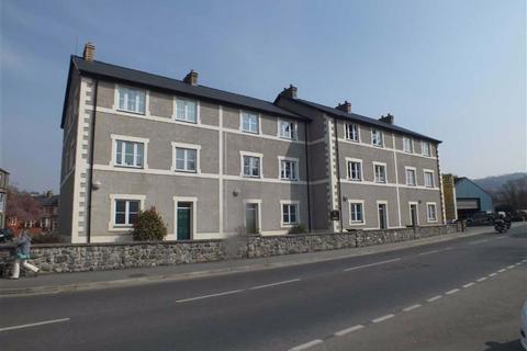 2 bedroom apartment to rent - Trem Yr Orsedd, Llanrwst, Conwy