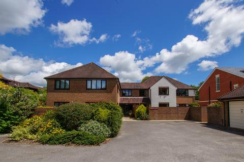 3 bedroom apartment to rent - Lavant Road, Chichester