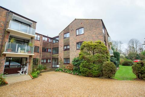 3 bedroom apartment to rent - The Drive, Chichester