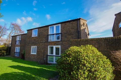 2 bedroom flat to rent - Winterbourne Road, Chichester