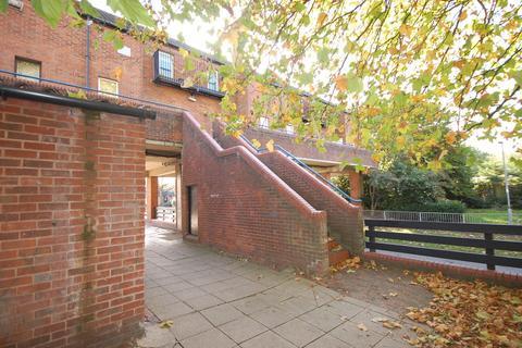 1 bedroom maisonette to rent - Felmores End, Pitsea, Basildon, SS13
