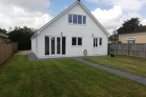 4 bedroom detached house to rent - Manna Road Bembridge, Newport, PO35