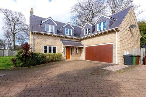4 bedroom detached house for sale - Stone Croft Court, Oulton, LS26 8GA