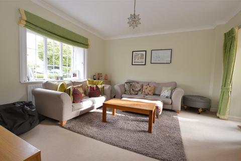 2 bedroom end of terrace house to rent - Warrenne Way, Hardwick Road, Reigate, Surrey, RH2