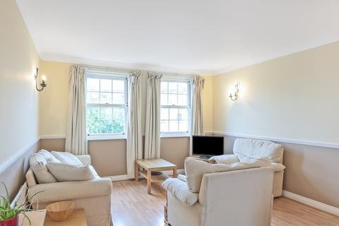 2 bedroom apartment to rent - William Square Sovereign Crescent SE16