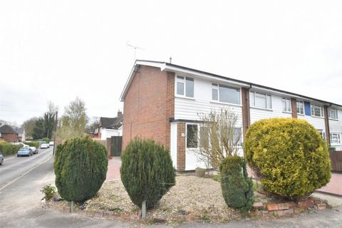 3 bedroom end of terrace house to rent - Lenham