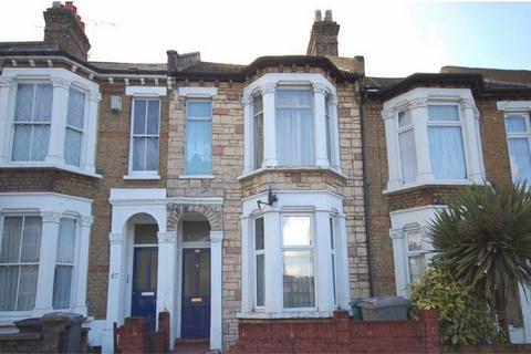 3 bedroom flat for sale - Manor Park Road, Harlesden, London