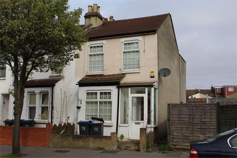 3 bedroom end of terrace house for sale - Talbot Road, Thornton Heath, Surrey