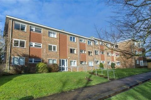 2 bedroom ground floor flat to rent - Goldstone Crescent, Hove