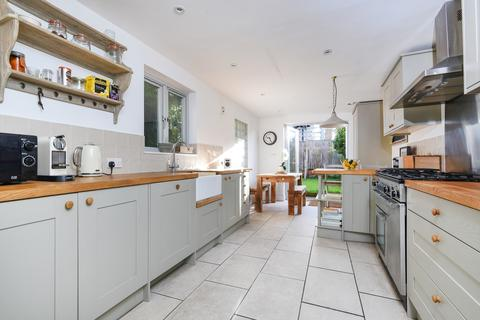 4 bedroom house to rent - Torrens Road Brixton SW2