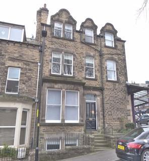 3 bedroom apartment to rent - Glebe Avenue, Harrogate, HG2