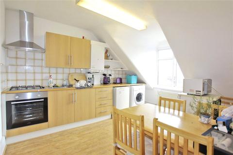 2 bedroom apartment to rent - Wightman Road, London, N4