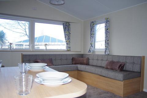 2 bedroom static caravan for sale - Mounds Holiday Park, Flintshire