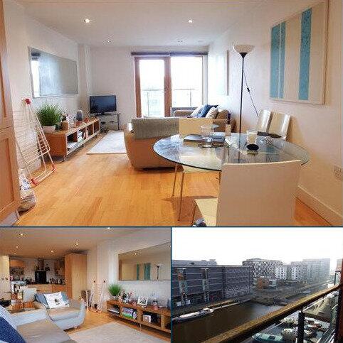 2 bedroom apartment to rent - Mackenzie House Leeds Dock LS10