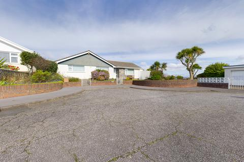 3 bedroom bungalow for sale - Brandy Cove Close Langland