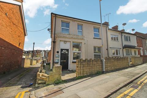 1 bedroom flat to rent - Eastcott Hill, Swindon